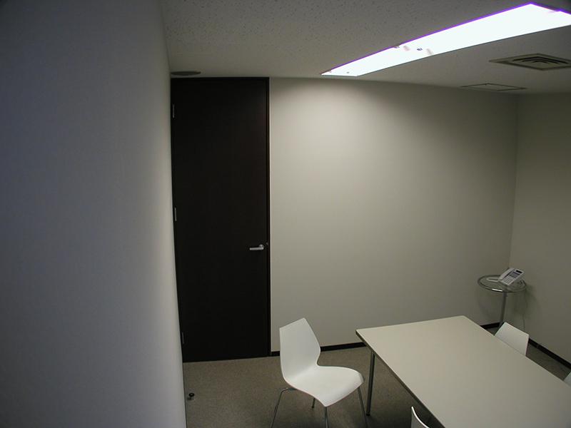 オフィス移転工事 福岡県福岡市中央区大名の事例応接室1