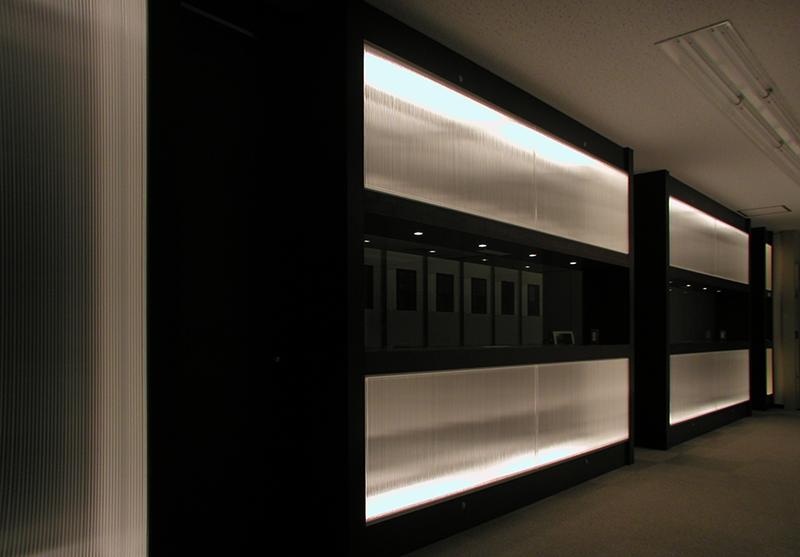 オフィス移転工事 福岡県福岡市中央区大名の事例エントランスホールの行灯照明壁