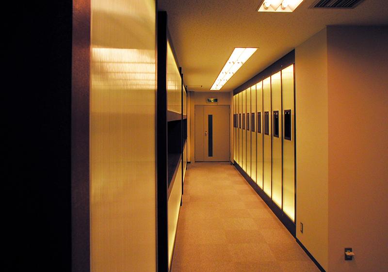 オフィス移転工事 福岡県福岡市中央区大名の事例エントランスホールの見返し
