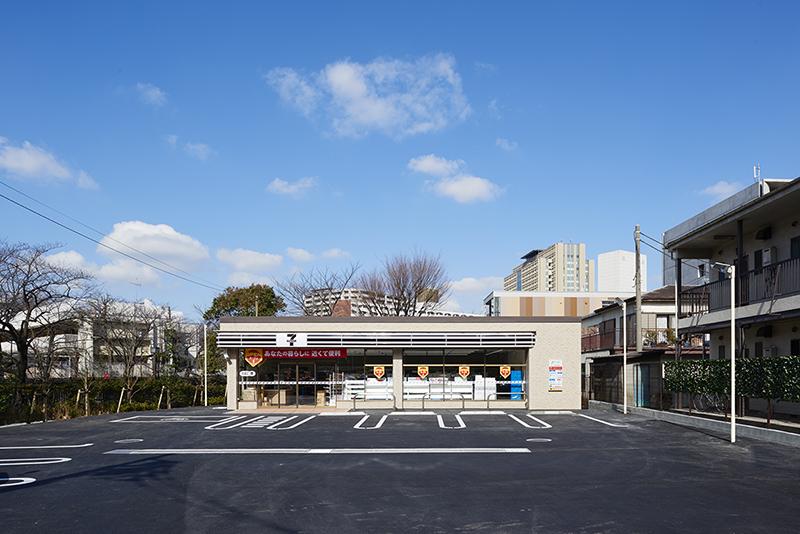 ロードサイド店舗 設計 建設事例 茶色いセブンイレブン 景観条例対応型