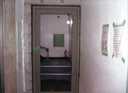 鋼製建具工事 各階階段室 防火扉取付状況