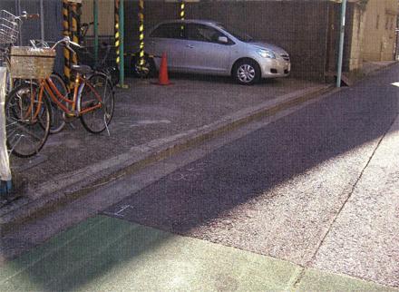 外構工事 駐車場切下げ施工前