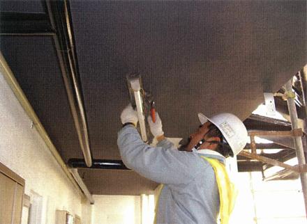 電気設備工事 既存廊下照明器具撤去 施工状況