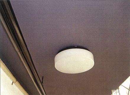 電気設備工事 新規廊下照明器具取付 施工完了
