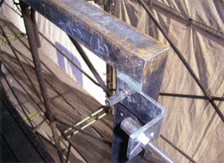 金物工事 バルコニー手摺 スチール枠取付状況