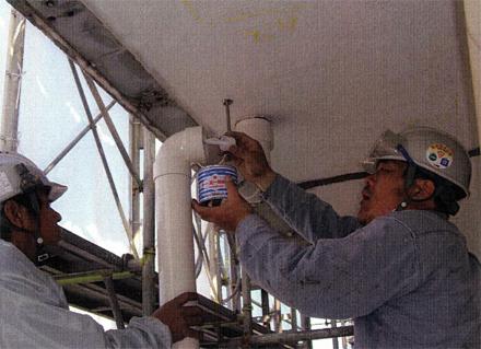 樋工事 廊下雨水排水配管 施工状況