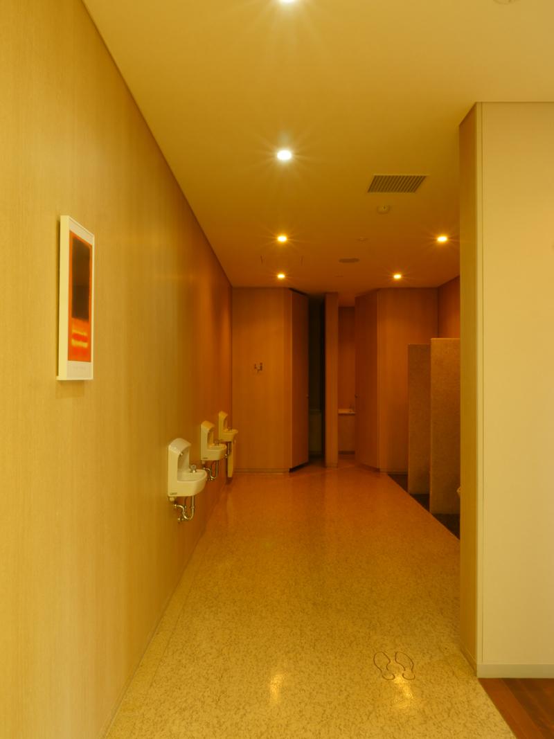 片岡直樹の建もの探訪|ゑしんの里記念館トイレ