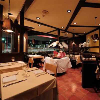 レストラン店舗デザインリフォームの事例南青山