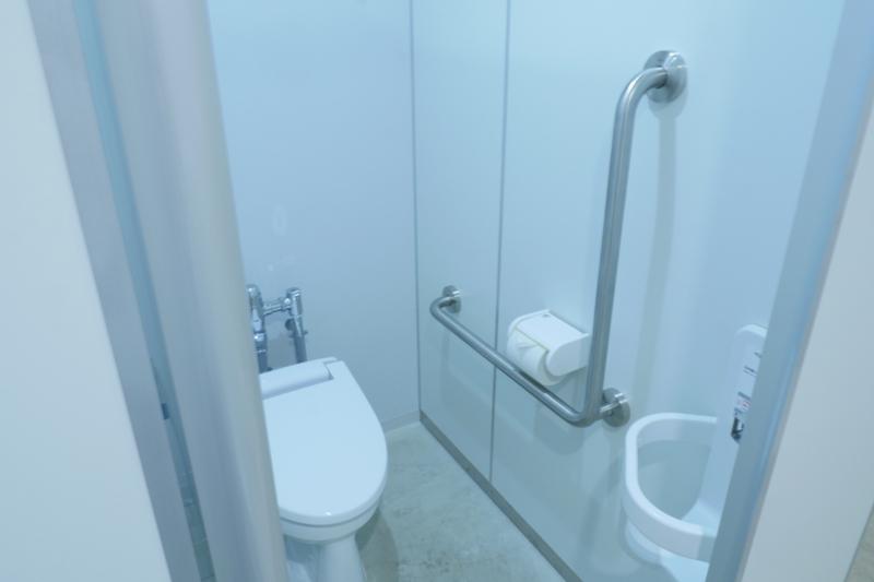 なかまちテラス 小平市立仲町公民館・仲町図書館地階トイレ
