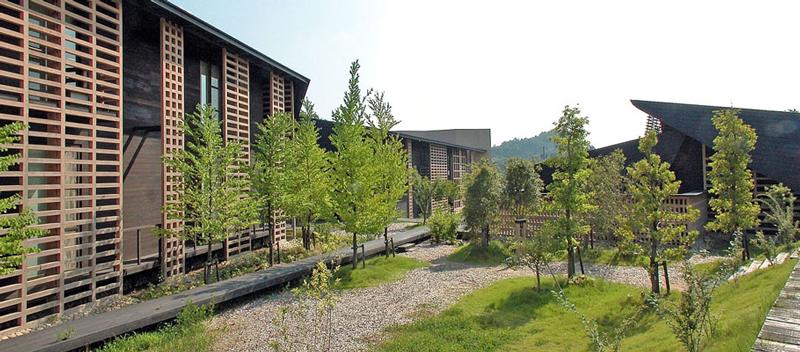 北川原温時代にコンペ担当した岐阜森林文化アカデミー