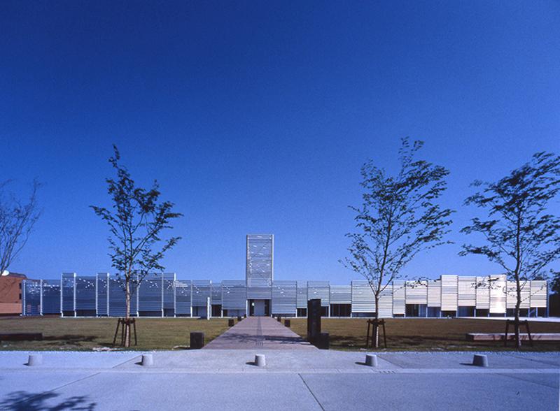 北川原温時代に監理担当した図書館美術館