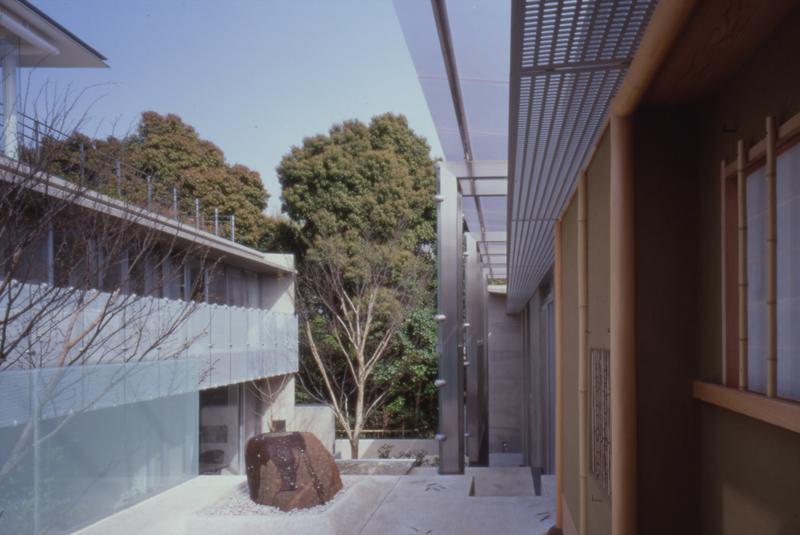 北川原温時代に設計担当した住宅中庭