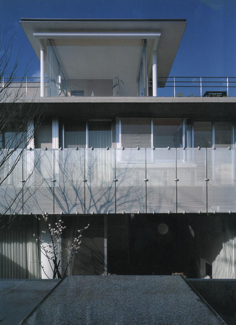 北川原事務所勤務時代に設計担当した住宅母屋