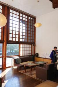 前川国男邸|リビング南庭木製サッシ書斎側|江戸東京たてもの園