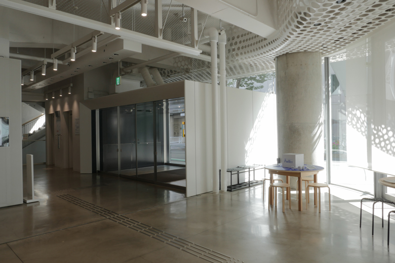 片岡直樹の建もの探訪|アーツ前橋エントランス