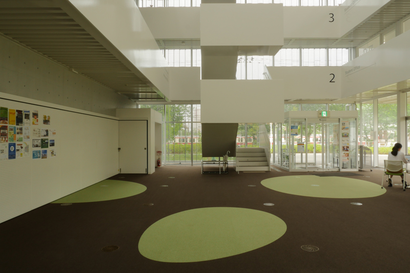 片岡直樹の建もの探訪|横浜市立大学YCUスクエア