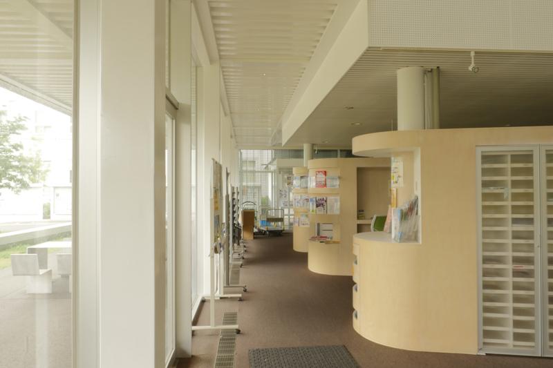片岡直樹の建もの探訪|横浜市立大学YCUスクエアプレゼンテーションギャラリー