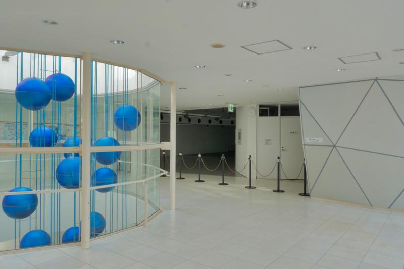 片岡直樹の建もの探訪|ユートリア(すみだ生涯学習センター)4階 B棟 ドームロビー