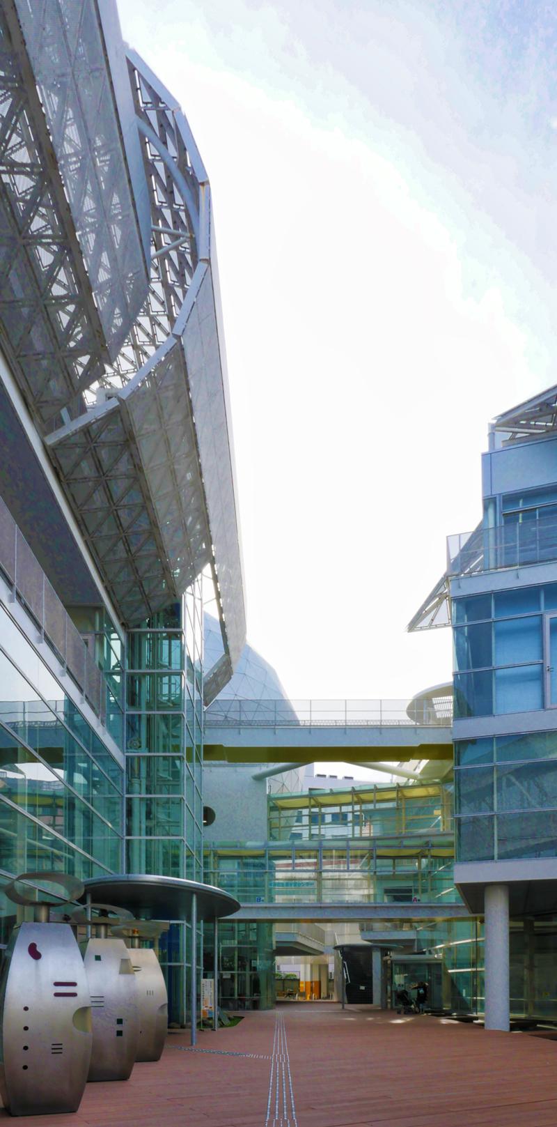 片岡直樹の建もの探訪|ユートリア(すみだ生涯学習センター)エントランス