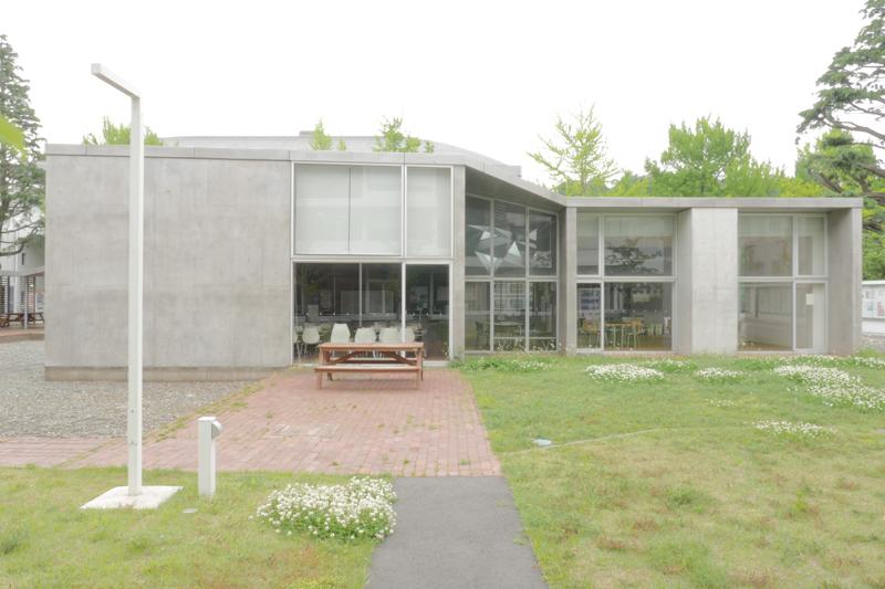 片岡直樹の建もの探訪|いちょうの館 横浜市立大学交流プラザ