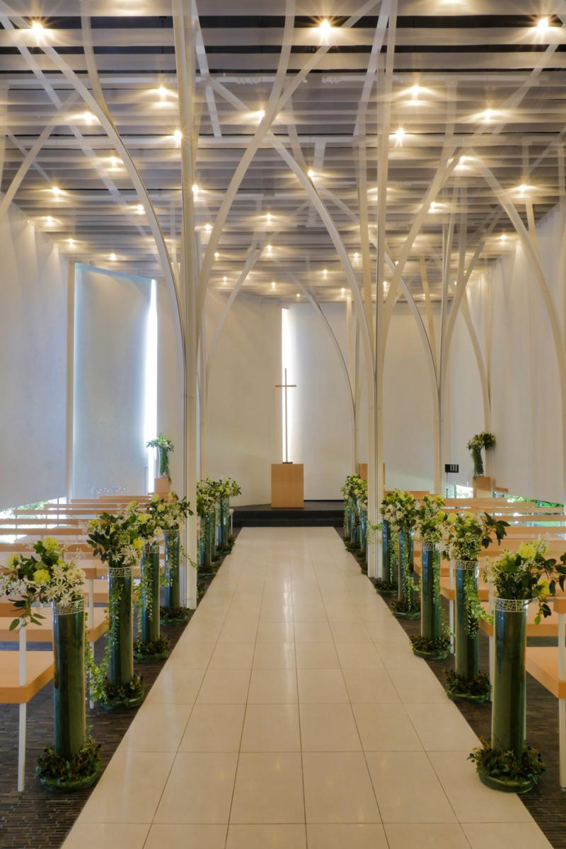 森の教会アルカーサル迎賓館 高崎|住宅/ビル/マンション設計者の建もの探訪内観縦
