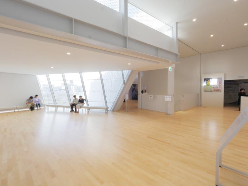 展望ラウンジ|すみだ北斎美術館|住宅/ビル/マンション設計者の建もの探訪