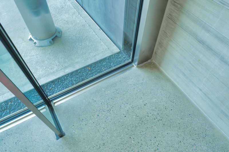 ガラスカーテンウォールディテール|太田市民会館|住宅/ビル/マンション設計者の建もの探訪