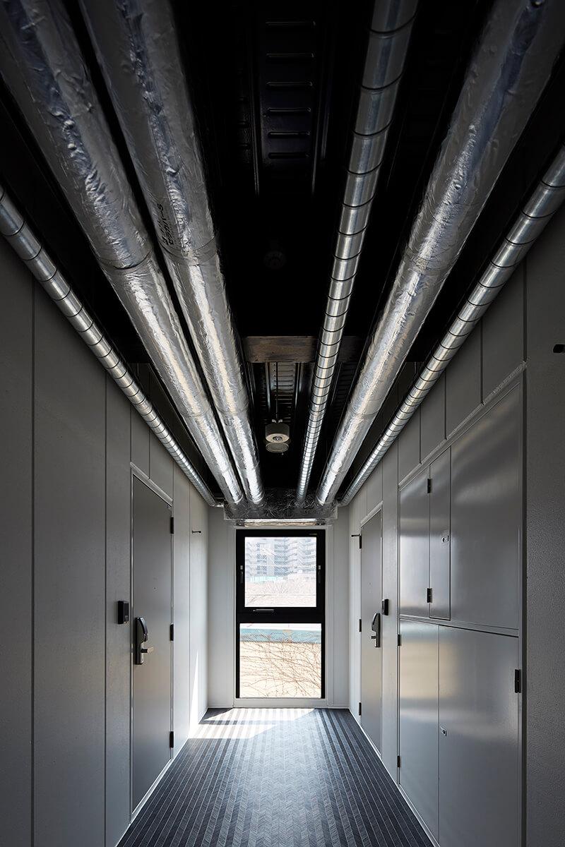 中廊下天井のダクト