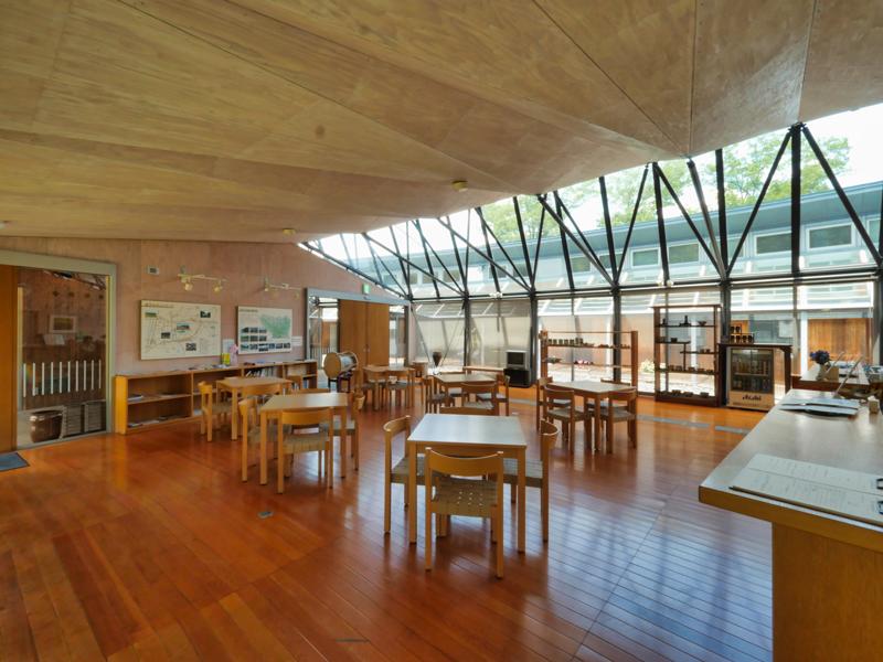 休憩室宿泊受付 フォレスト益子|住宅/ビル/マンション設計者の建もの探訪