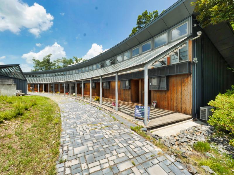 宿泊棟 フォレスト益子|住宅/ビル/マンション設計者の建もの探訪