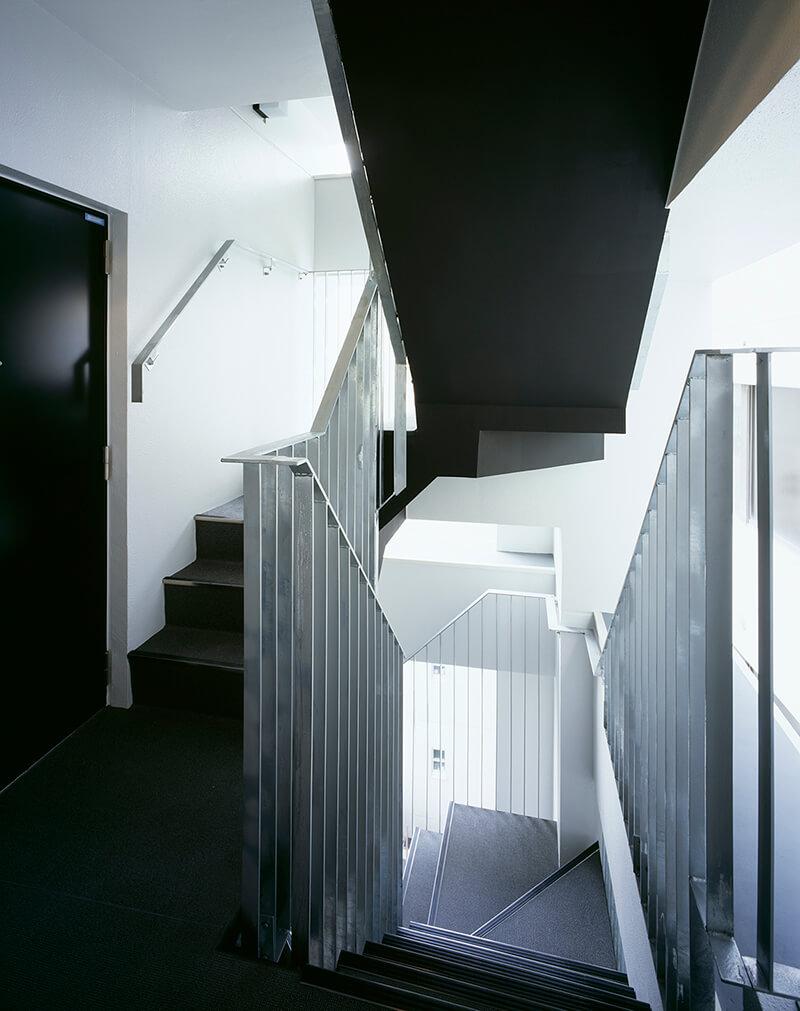 屋外避難階段 デザイナーズマンション