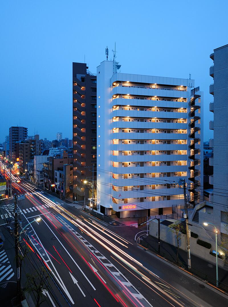 不忍通り越しの夜景 デザインリノベーション|賃貸マンション外壁大規模修繕|リフォーム空室改善事例