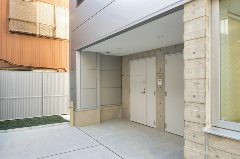 片岡直樹の建もの探訪|三浦工務店本社ビルコンクリートの切り替わり