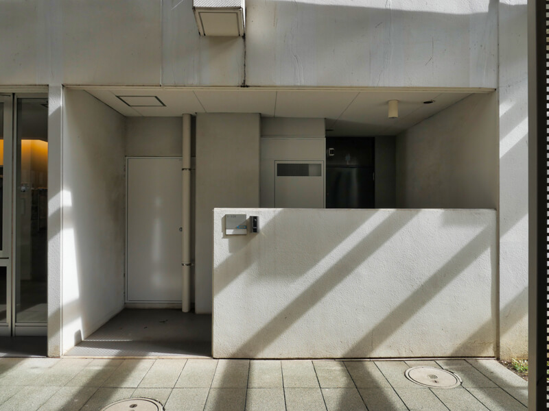 ヌーベル赤羽台1号棟 1階玄関の構成