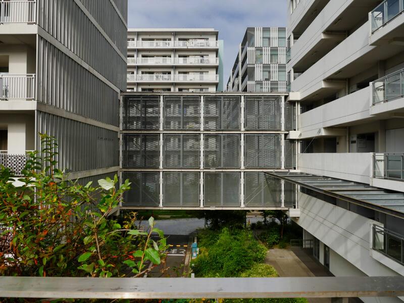 ヌーヴェル赤羽台2号棟 (A街区) 渡り廊下 外観