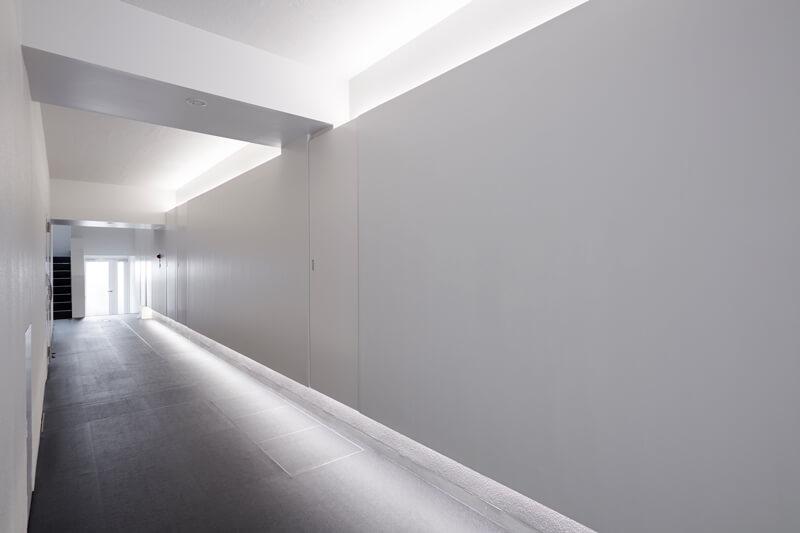 内廊下|空室対策|一棟まるごとフルリノベーション|賃貸マンション経営|マンションリノベーションデザイン設計|デザイナーズ賃貸